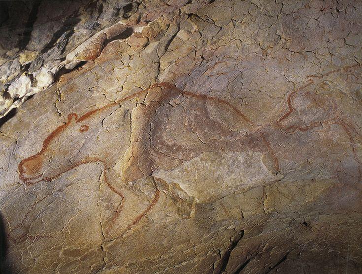 Ours rouges, grotte Chauvet  : - 36 000 ans