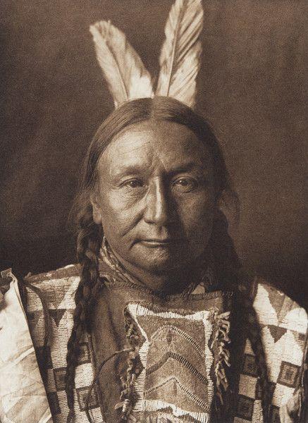 Yellow Hawk - Yanktonai  (The North American Indian, v. III. Cambridge, MA: The University Press, 1908)
