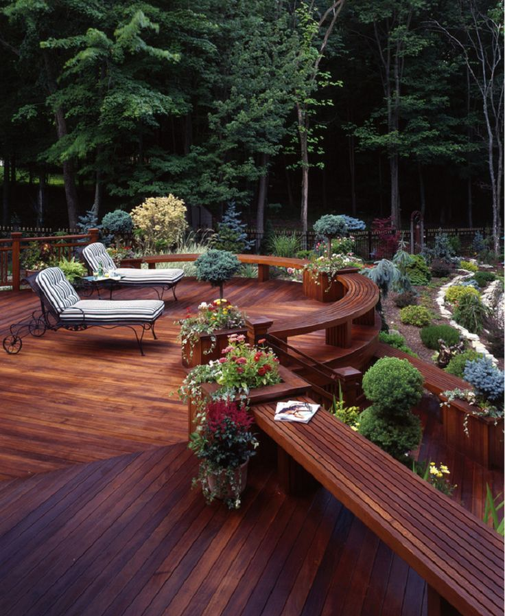 Traditional Deck Design