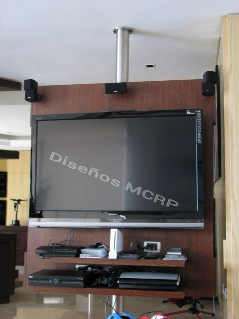 Mueble giratorio en wengue para tv y diversi n base en for Mueble television giratorio 08