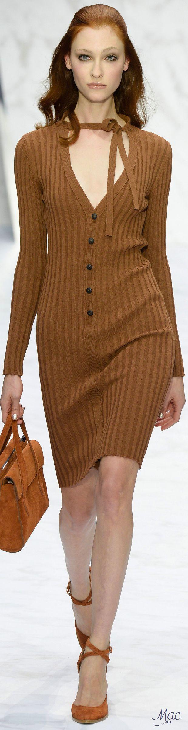 Spring 2016 Ready-to-Wear Daks