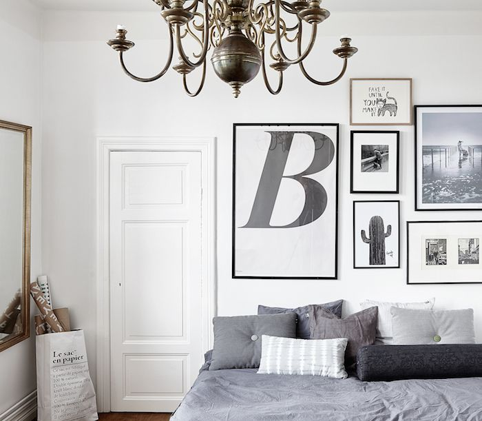 Lovely Black And White Gallery Wall!