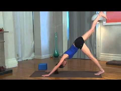 ▶ Tara Stiles - 30-Minute Yoga for Balance and Focus - YouTube
