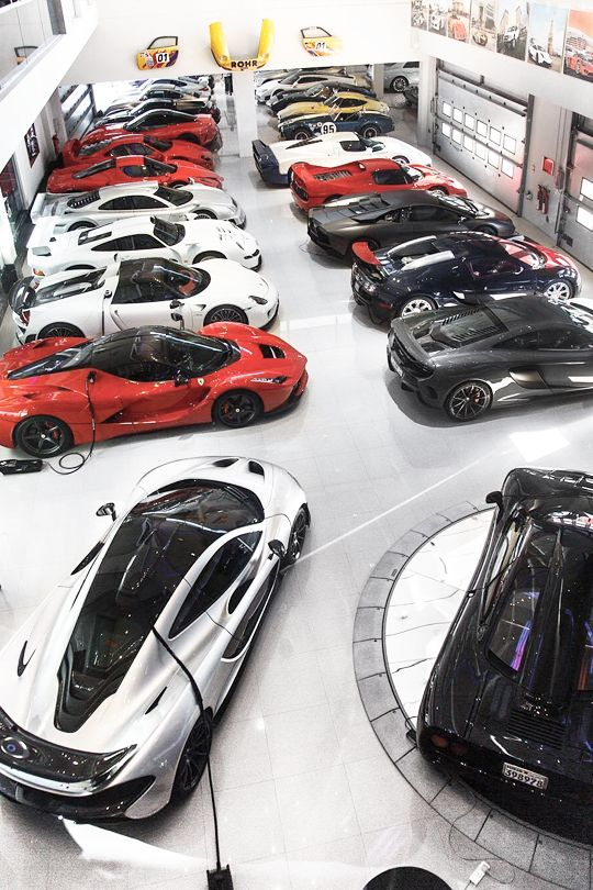 Hyper-Caine — cknd:   The Ultimate Supercar Collecti