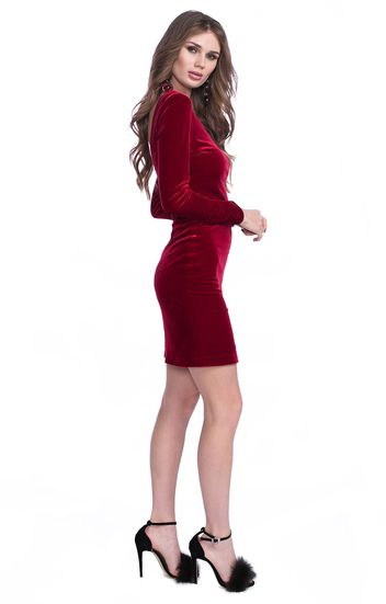 Бархатное платье-футляр с глубоким вырезом на спине Peony Fashion / 2000000085616
