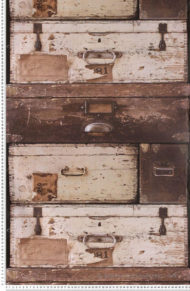 les 25 meilleures id es de la cat gorie malle ancienne sur pinterest id e d co vieille valise. Black Bedroom Furniture Sets. Home Design Ideas
