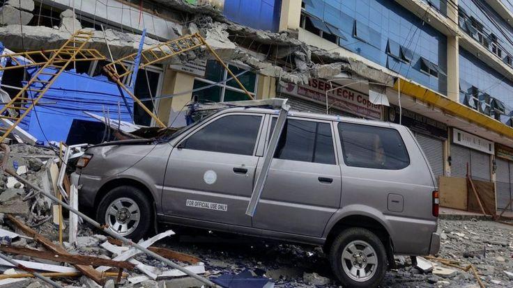 Philippines earthquake kills four on Mindanao - BBC News