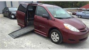 Used Wheelchair Van For Sale: 2008 Toyota Sienna LE 7-Passenger  Wheelchair Accessible Van For Sale with a  on it. VIN: 5TDZK23C48S169742