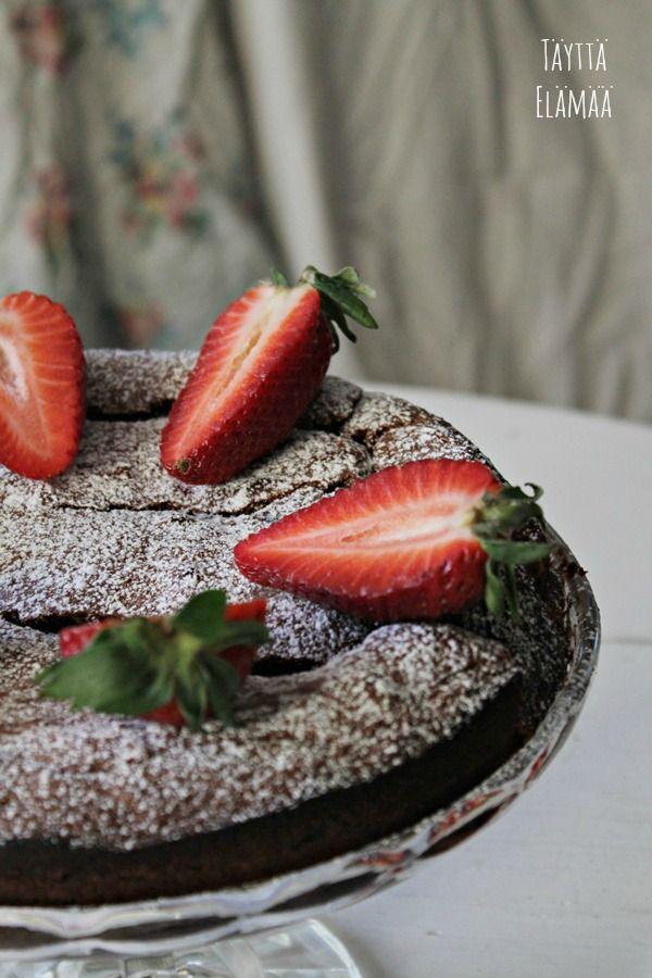 Ranskalainen suklaakakku, Fransk chokladtårta, French chocolate cake