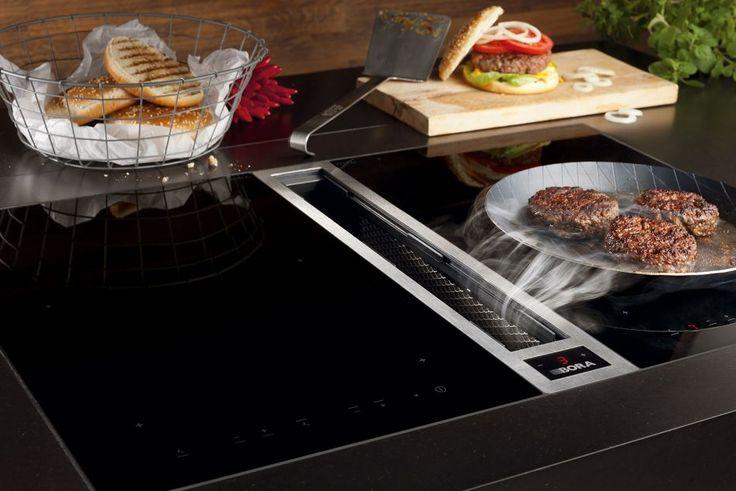 Classic : Kochfeldabzugssystem und Induktions-Glaskeramik-Wok  Konzept Ergonomie und Effektivität neu definiert. Wer klare Vorstellungen von Qualität, Design und Technik hat, der erfüllt sich mit dem BORA Classic Produktsortiment seine ganz persönlichen Koch- und Küchenträume.