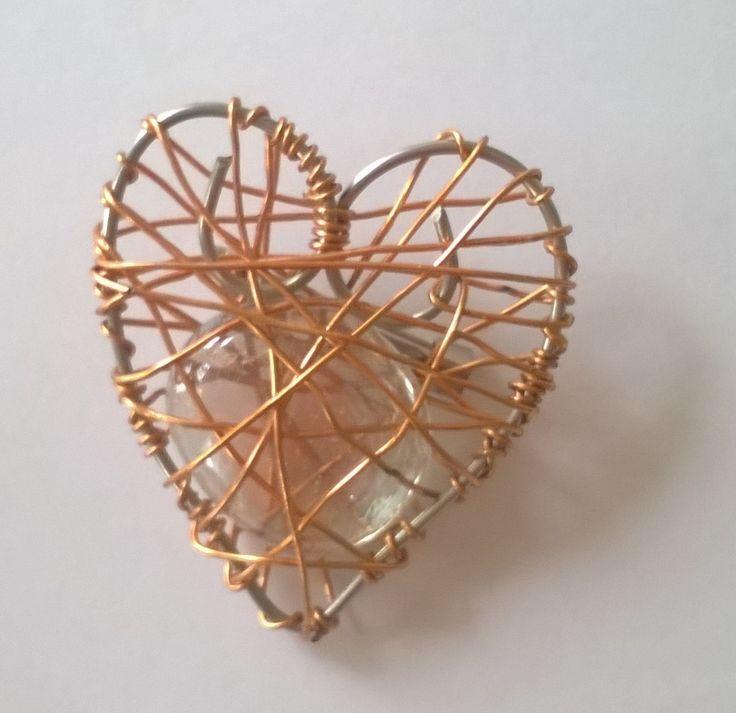 Sydän rintaneula