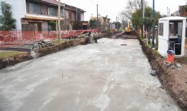 Nuevas obras de pavimento en Villa Lanzone