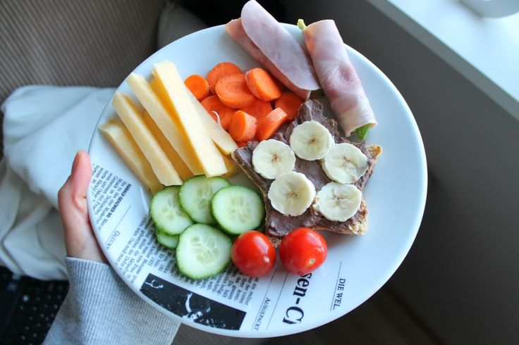 Colorful, yummy lunchplate.