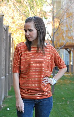 Free tutorial for Dolman Sleeve Top by Merricks Art -- includes a quick and easy way to finish the neckline of a T-shirt