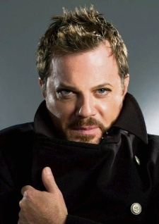 Eddie Izzard...I prefer him in boy mode, but he can look quite spectacular in girl mode, too.
