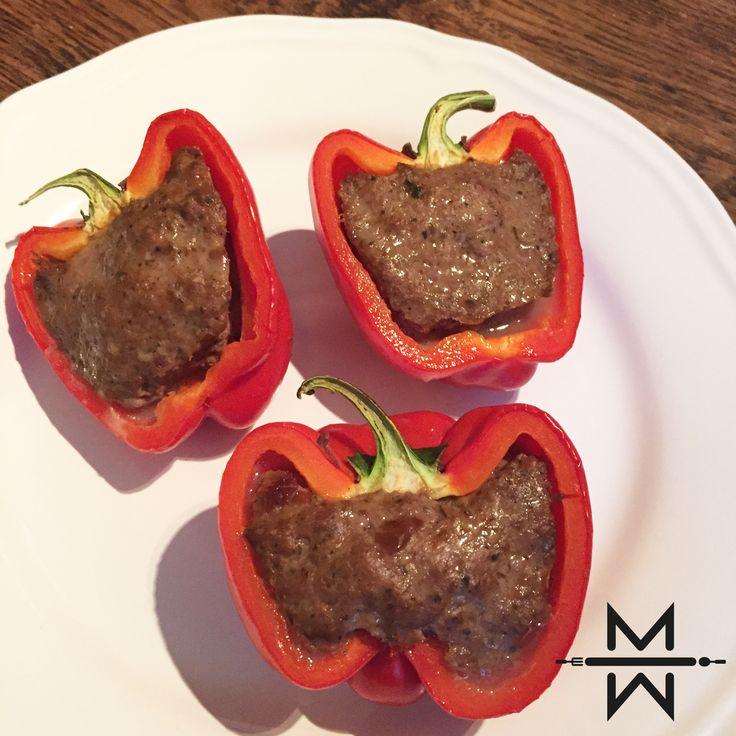 Doen we 't vanavond op z'n Grieks..?! Let dan even goed op want deze gevulde paprika's zijn behoorlijk spicy. Wat heb je nodig voor dit hete gerecht? 600gr rundergehakt 200gr quinoa 8 rode paprika's 2 el. 'homemade' Gyros kruiden (zie hier) Hoe gaan we dit aanpakken? Laat de quinoa 10 minuten koken en verwarm de […]