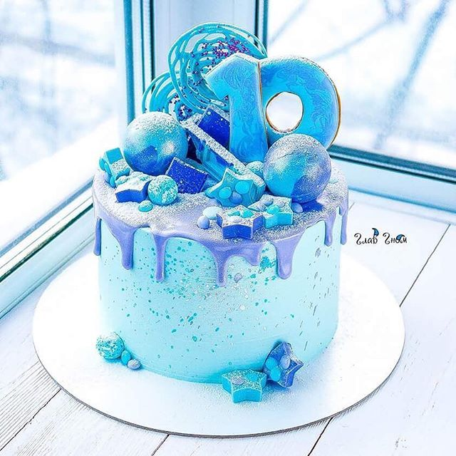 Когда шоколада много не бывает, а у меня сна #glavgnom #glavgnom_cake #тортназаказмосква #тортбезмастики #dessert #desserts #food #foods #sweet #sweets #yum #mmm #hungry #dessertporn #cake #foodgasm #foodporn #delicious #foodforfoodies #instafood #yumyum #sweettooth #chocolate #icecream #soyummy #getinmybelly #tagstagrame #beautiful