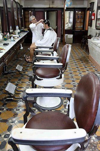 Barbearia Campos, Lisboa-Old barber shop, Lisbon.