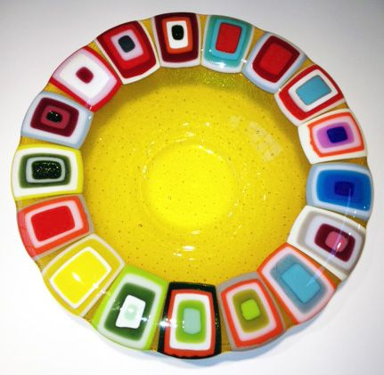 Glass bowl: Yellow. 40 cm in diameter. By the danish designer and artist Louise Lagoni.