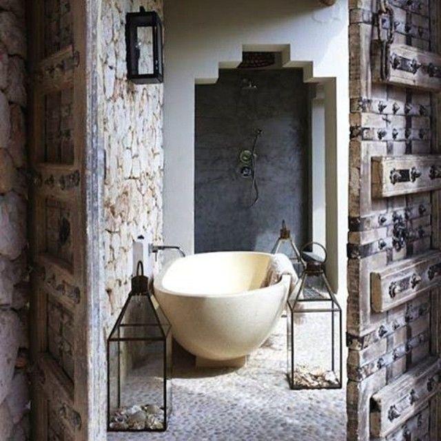 1000 id es sur le th me salles de bains de style espagnol for Decoration espagnole maison