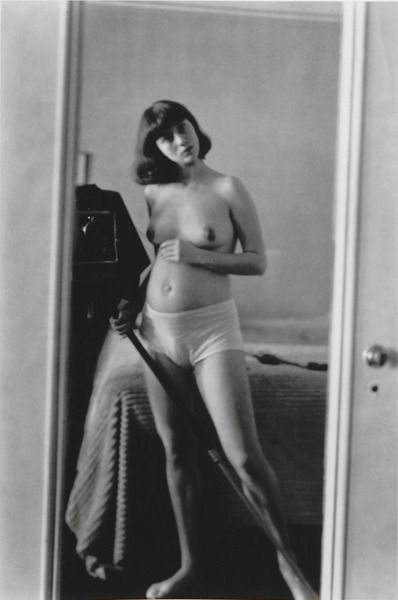 Self-Portrait in Mirror [1945] //// Diane ARBUS