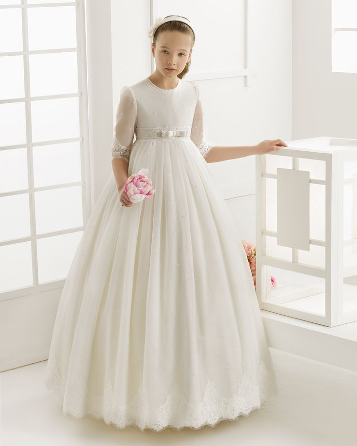 3/4 Sleeve Jewel Neck Ball Gown Tulle First Communion Dress with Lace