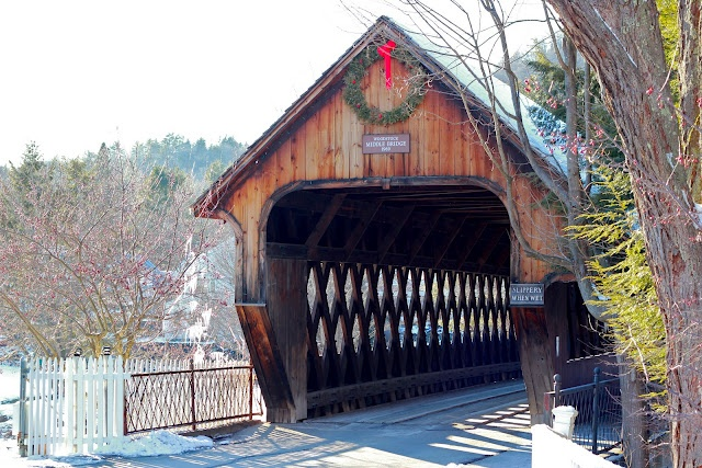 Covered bridges just melt my heart!