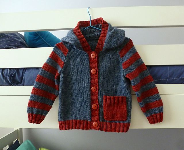 Ravelry: sofiecat's Hooded baby jacket