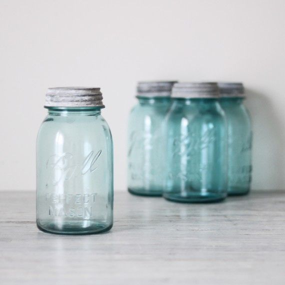 i love blue jars. i just do.