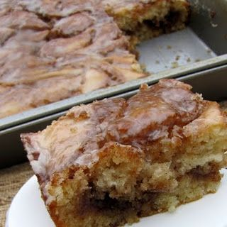 Cinnamon Roll Cake pretty good but I think I will add apples