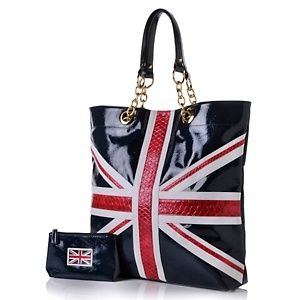 Twiggy S Clothing And Accessories Collection I Have This Set Love It Carry Me Purses Bags Backpacks Luggage In 2018 Pinterest Union Jack