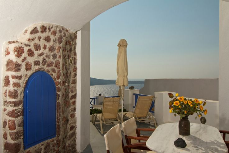 Decorated in a minimal cycladic style our spacious rooms will satisfy your inner needs ! #Esperas #Santorini