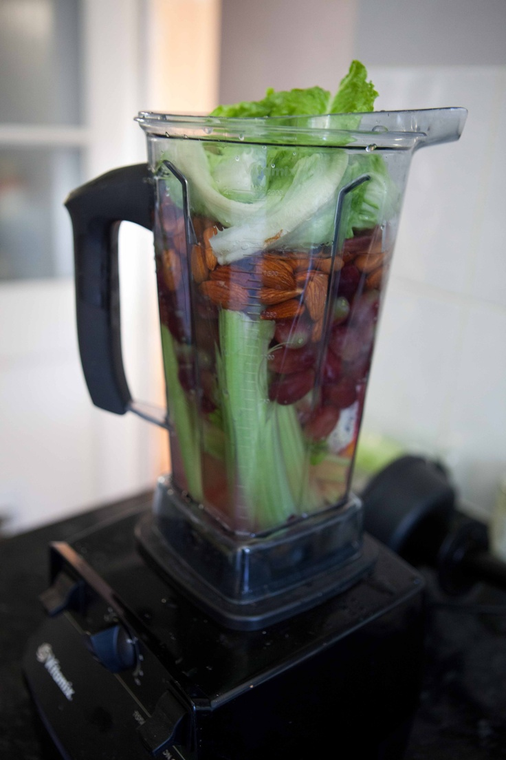Red grapes, almonds, celery, strawberry smoothie #TheArtofEatingWell