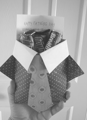 "Father's Day Shirt Pocket--Filled with their favorite candy bars, gum, mints {etc} and a card that says ""10 Things I love about you""...pattern from Pebbles in My pocket"