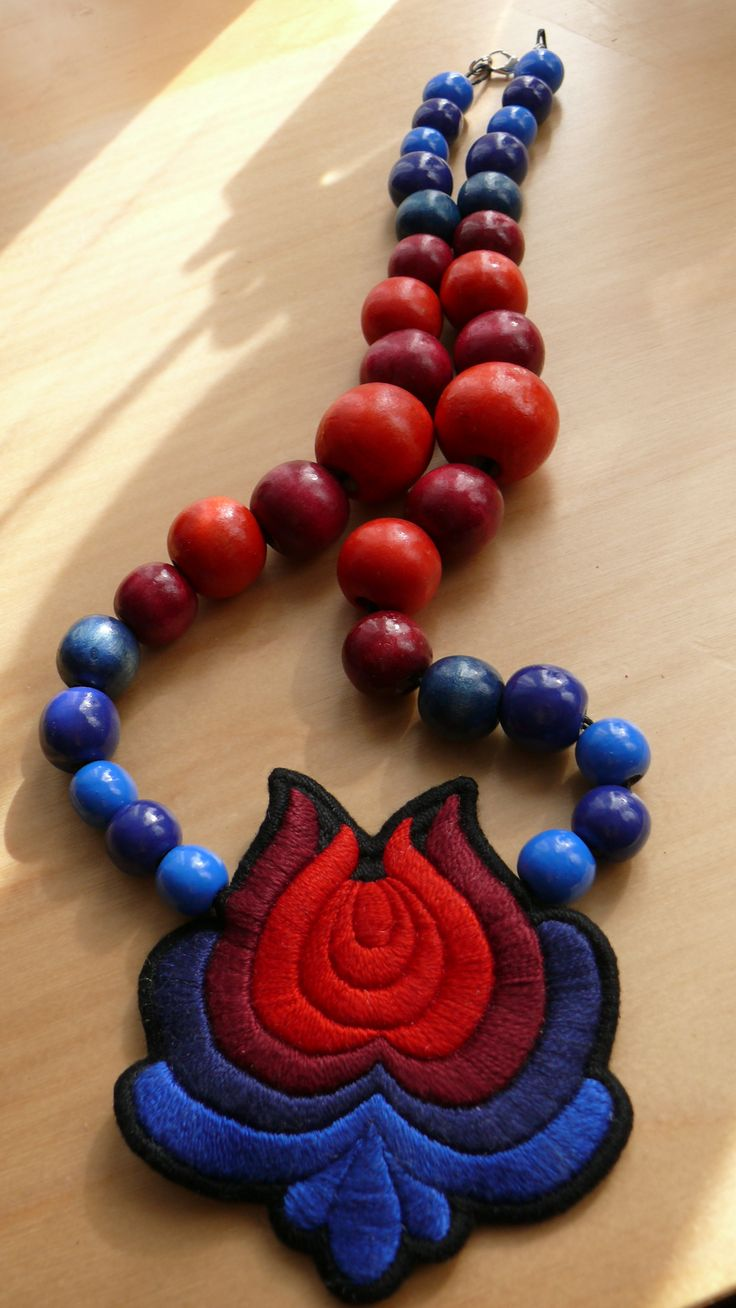 Hand embroidered hungarian folk necklace by Mokavicka :) Visit Facebook page:https://www.facebook.com/mokavicka