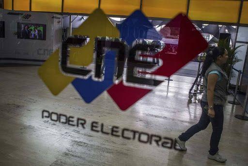 Registro Electoral y Reparaciones de Partidos en simultaneo