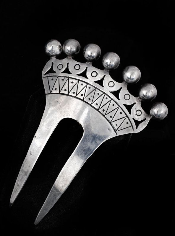DECO TAXCO MEXICAN SILVER REPOUSE CROWN HAIR COMB