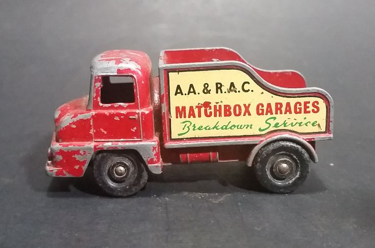 Lesney Products Matchbox Thames Trader Wreck Truck No. 13 - Made in England https://treasurevalleyantiques.com/products/lesney-products-matchbox-thames-trader-wreck-truck-no-13-made-in-england #Vintage #Lesney #Products #Matchbox #Thames #Trader #Wreck #Wrecker #Salvage #Trucks #Diecast #Cars #Collectibles #TowTrucks #Towing #Toys #Vehicles #Garage #Services #England