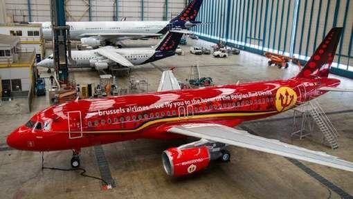 De Rode Duivels slaan de komende maanden hun vleugels uit in een voor hen speciaal ontworpen vliegtuig van Brussel Airlines - ook de spelersgroep had ...