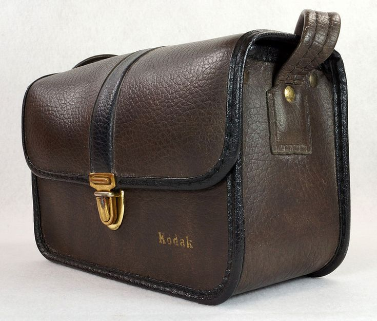 Vintage Kodak Homa Camera Case Bag Leather Brown  To see the Price and Detailed Description you can find this item in our Category Vintage Camera, Film & Related on eBay: http://stores.ebay.com/tincanalley1/Vintage-Camera-Film-Related-/_i.html?_fsub=19469214018   RD14440  Go back to Tin Can Alley - FOR SALE: http://www.bagtheweb.com/b/PBdAfQ