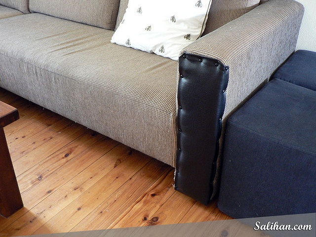 After Repaired Cat Scratched Sofa With Vinyl