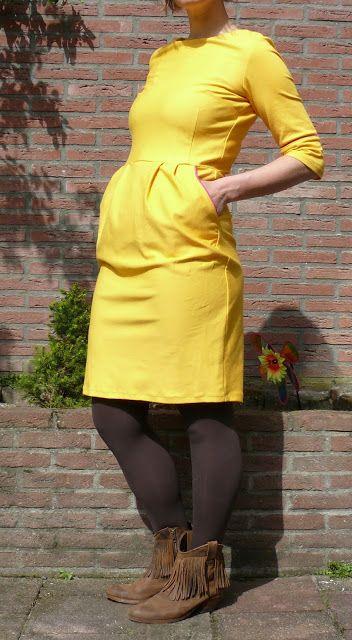 Super leuk deze gele Lora jurk - la maison victor by moredresses4me.blogspot.nl