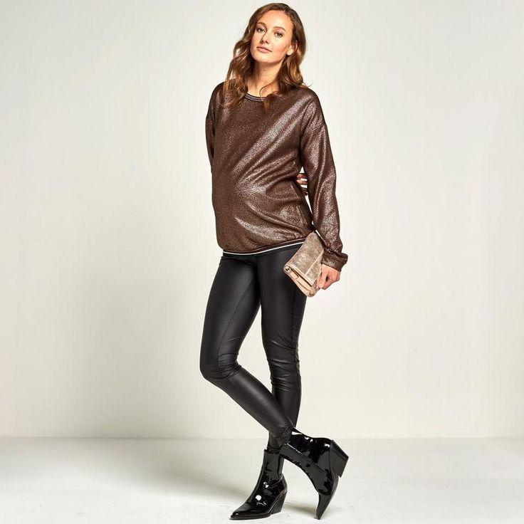 Positie metallic trui van Supermom! #wehkamp #trui #feestdagen #metallic #glitter #zwanger #positiemode