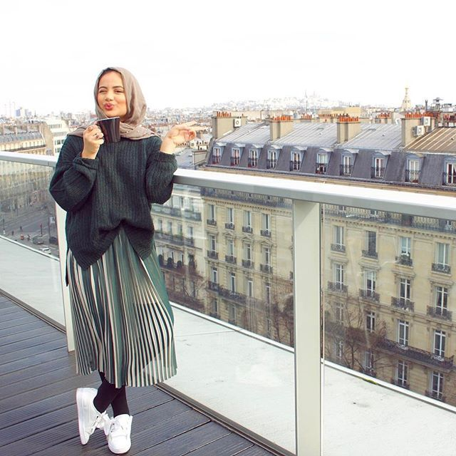 My favorite view of Paris @renaissanceparisarcdetriomphe 's balcony is just something else. Thank you for the wonderful stay