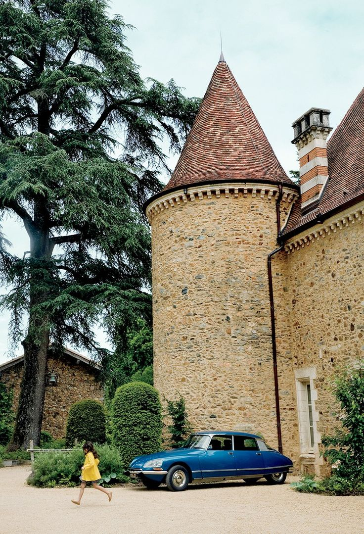 Find Domaine des Etangs Massignac, France information, photos, prices, expert advice, traveler reviews, and more from Conde Nast Traveler.