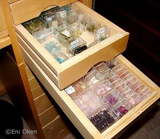Organizing projects and beads: here's how wire artist Eni Oken keeps track of her beads.