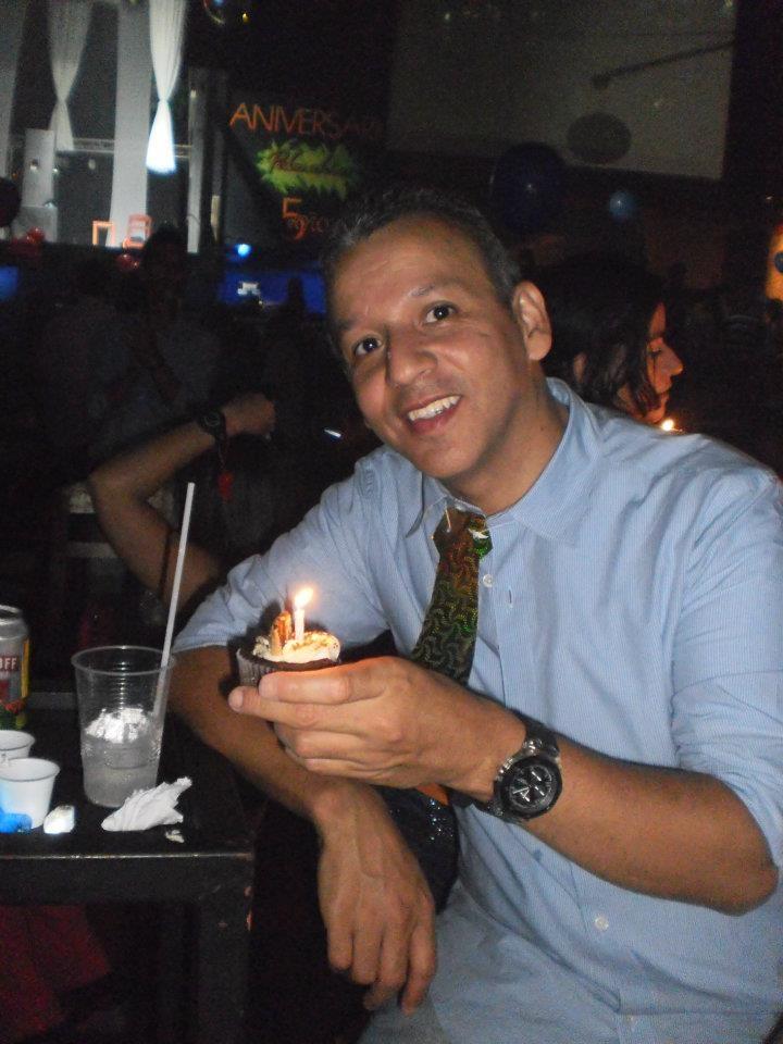 y es que cumplir años es muy rico con un cup-cake de mr.ponQ