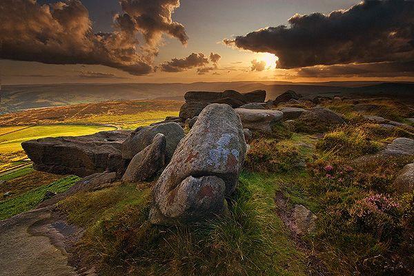 http://www.peakdistrictonline.co.uk/images/andyhemingway-image2.jpg