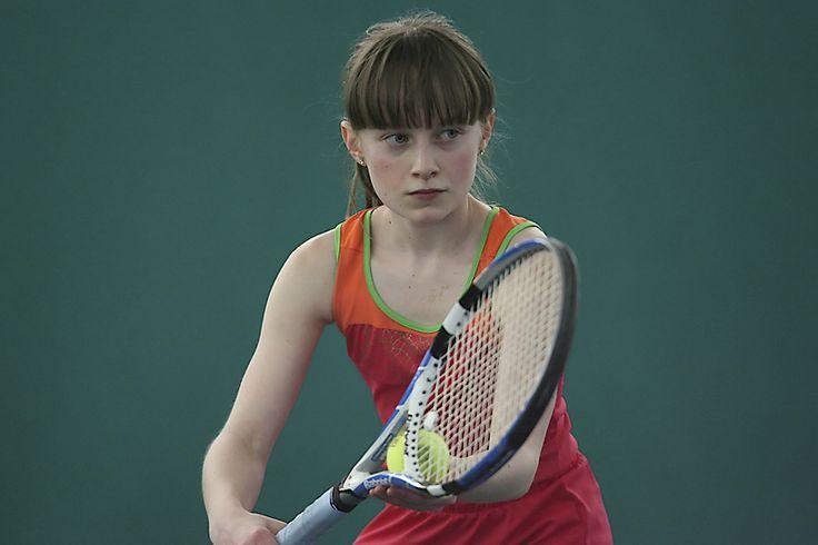 Anne-Sophie s'amène au sommet - Tennis, badminton - L'Étoile