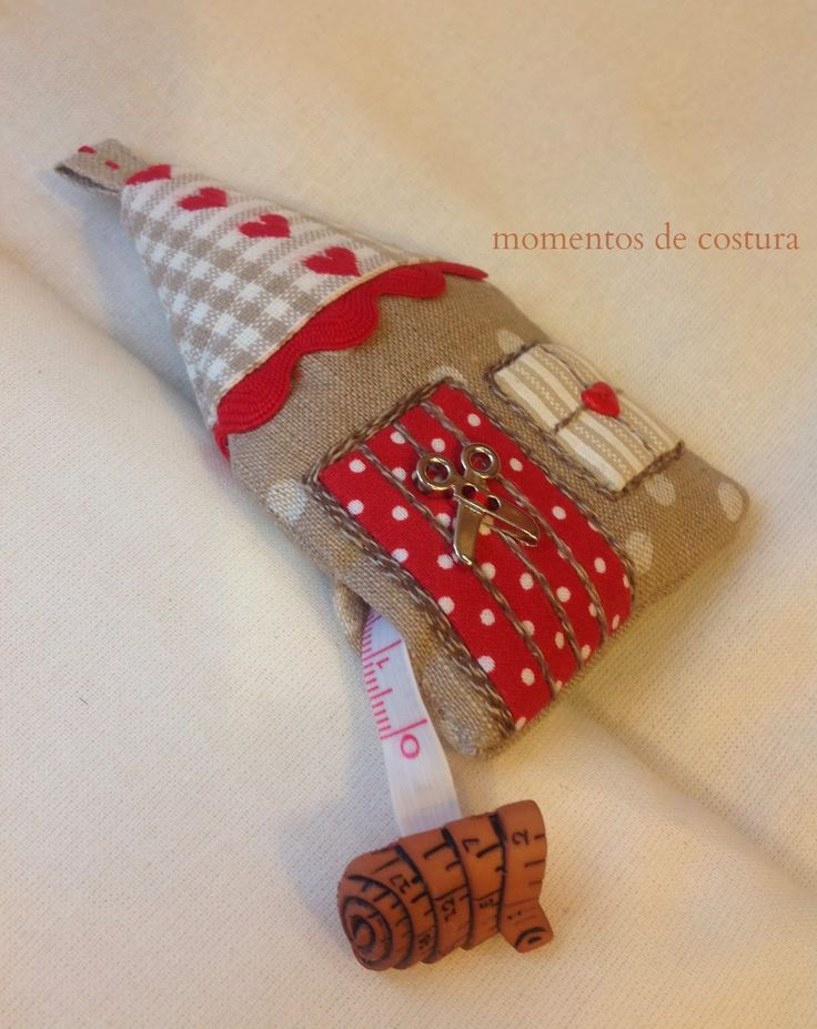 Moments Sewing: Tutorial-house tape measure